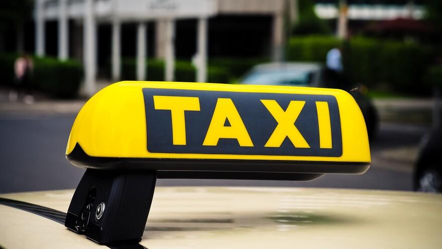 Самарцев с коронавирусом будут возить к врачам на такси