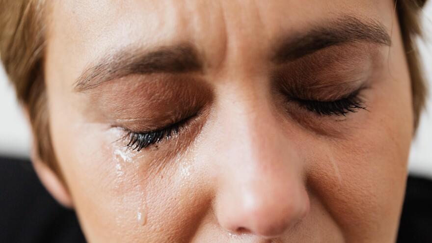 В Самарской области мужчина издевался над своей женой во время болезни