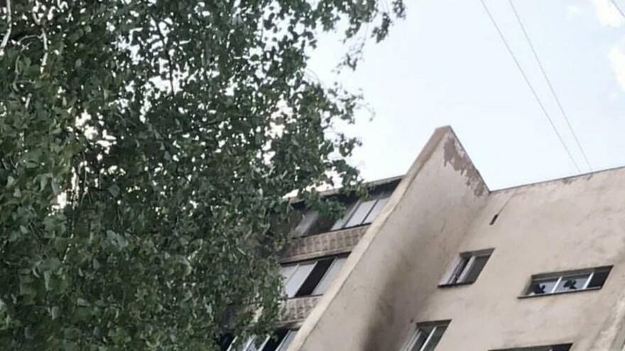 В Самаре в многоэтажном доме горела квартира