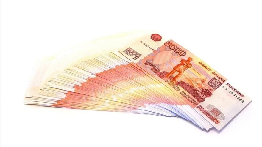 Жительница Самары уговорила своих клиентов дать взятку