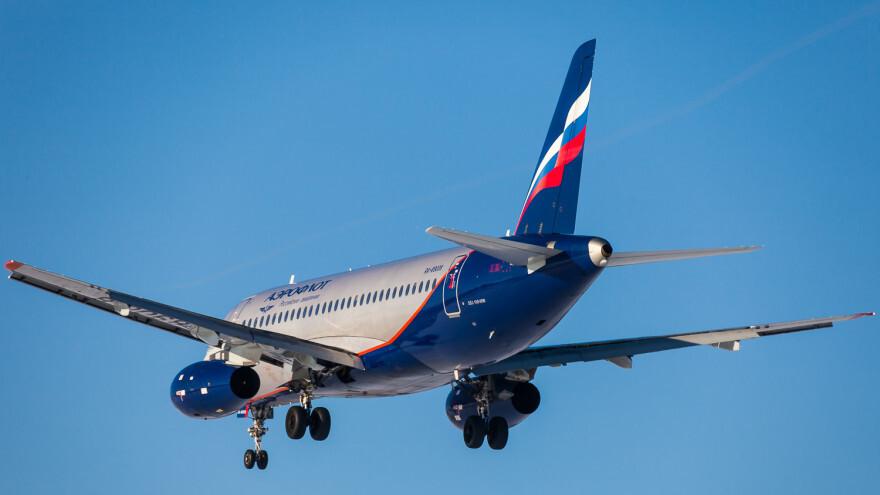 В Шереметьево самолёт выкатился за пределы полосы