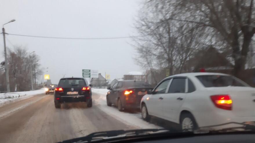 В Сызрани в утренний час-пик бьются автомобили