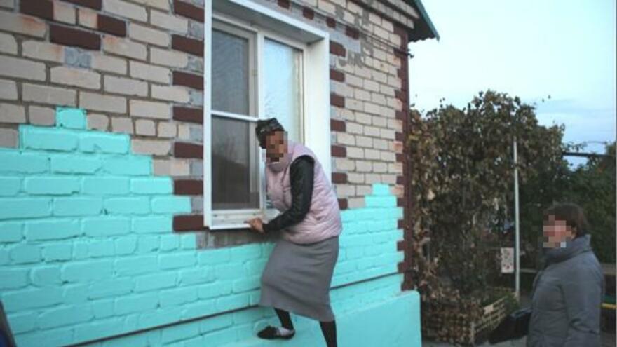 В Самарской области жительница Чапаевска обчищала дома сельских жителей