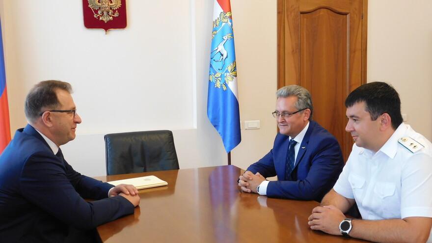 Состоялась рабочая встреча главного федерального инспектора по Самарской области и руководства Федеральной службы судебных приставов