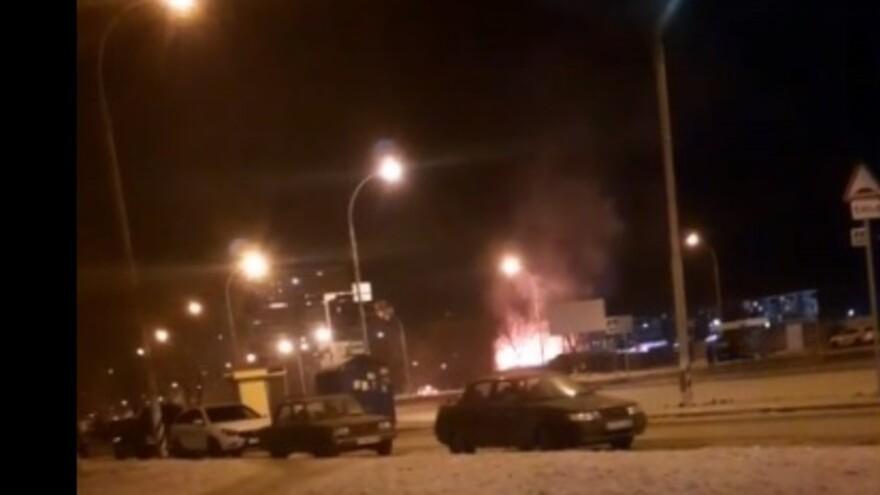 В Тольятти ночью горела стройка