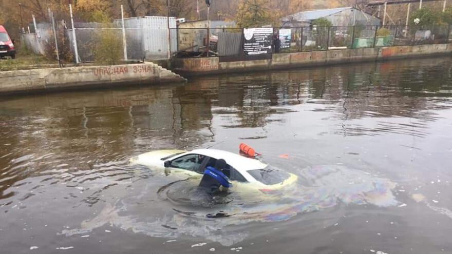 Стали известны подробности трагедии с утонувшей в машине девушкой