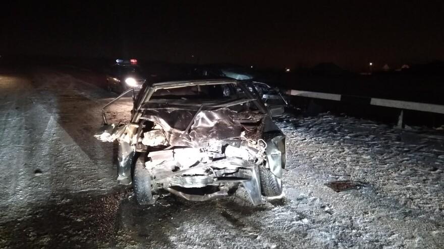 В Самарской области в серьезном ДТП пострадали два человека