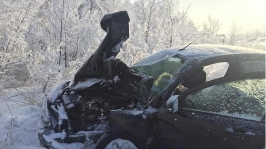 В Самарской области легковушка вытолкнула трактор под встречный автомобиль