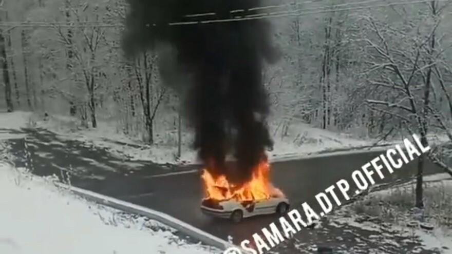 В Самарской области сгорела BMW