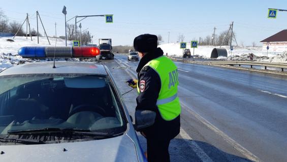 По Чапаевску начал ездить говорящий патруль