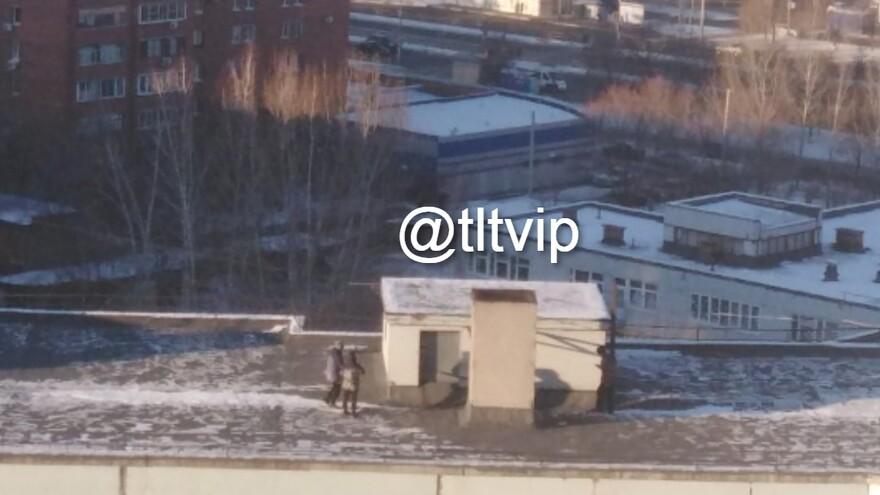 В Тольятти дети гуляют по крышам домов