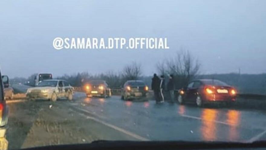 Под Самарой произошло массовое ДТП
