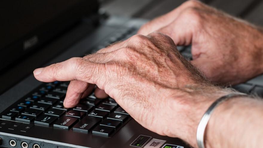 Срочно! Для пожилых в Самарской области ввели обязательную самоизоляцию