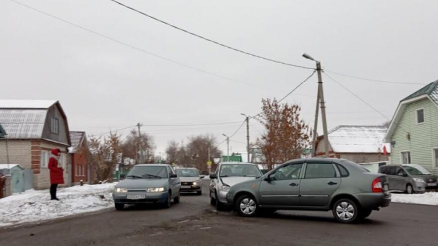 На дороге в Сызрани не разъехались две Калины