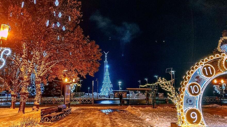 В Самаре сохранится сильный ветер с мокрым снегом