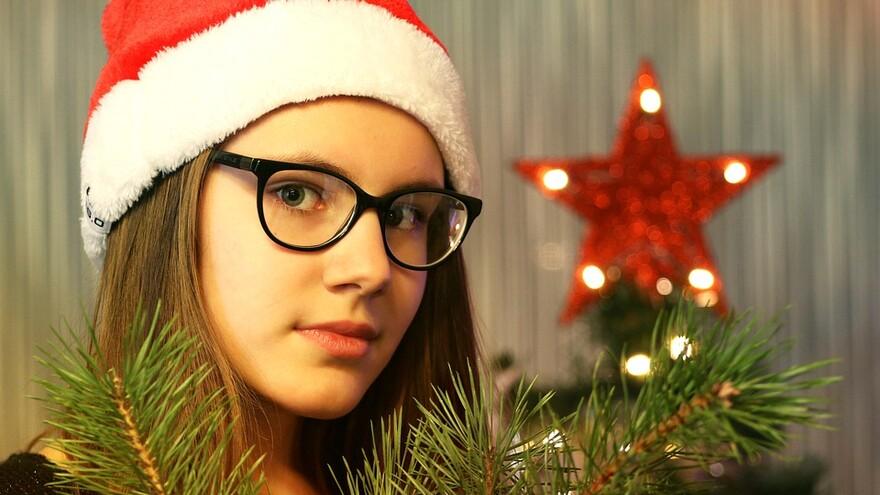 Подработка на Новый год: как стать успешными Дедом Морозом и Снегурочкой