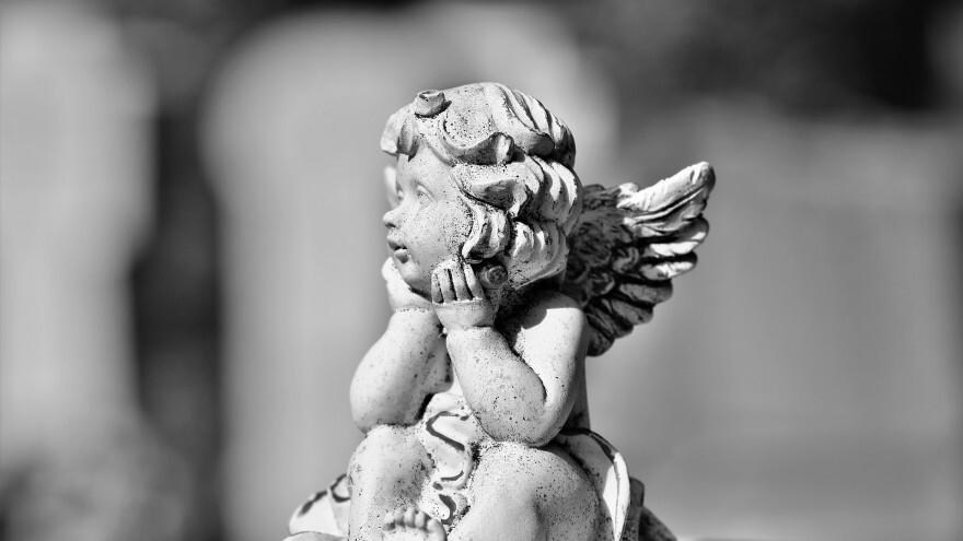 Именинники 1 декабря: кого поздравлять с Днем ангела и как назвать ребенка