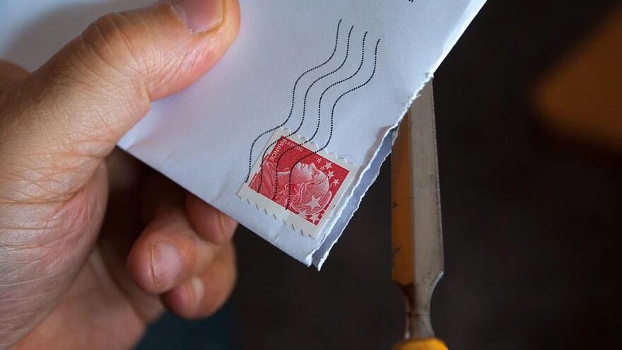 Жители Самарской области жалуются на большие очереди в почтовых отделениях