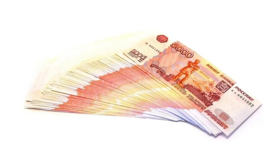 Жители Самарской области начали получать новогодние выплаты на детей