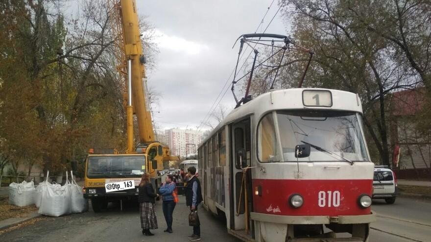В Самаре столкнулись трамвай и автокран
