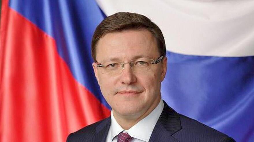 Губернатор Дмитрий Азаров поздравил жителей региона с Днем физкультурника