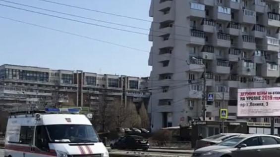 Самарцев по громкой связи призывают оставаться дома
