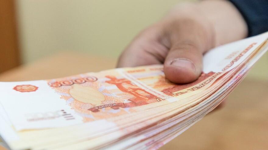 В Самаре налоговика обвиняют во взятке в 3 миллиона рублей