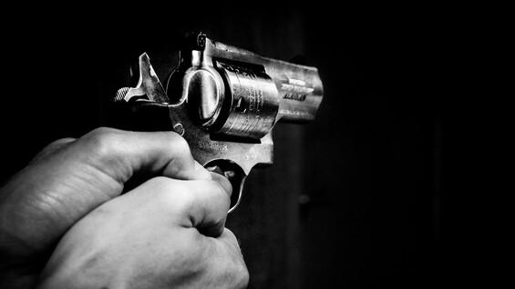 В Тольятти при задержании подозреваемый стрелял в полицейского