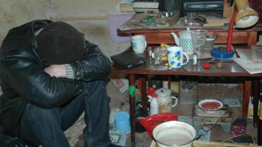 В Тольятти мужчина сдал наркоманам свою кухню за еду