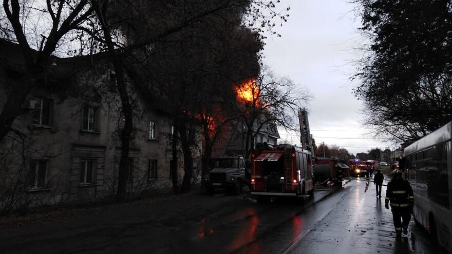 В горевшем доме в Самаре погибли четыре человека