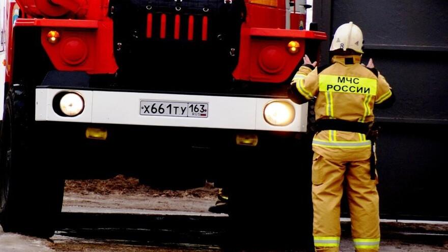 В Самаре утром к больнице имени Середавина стянулись пожарные