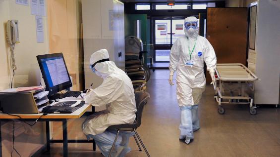 Специалисты рассказали, что коронавирус снижает свою агрессивность