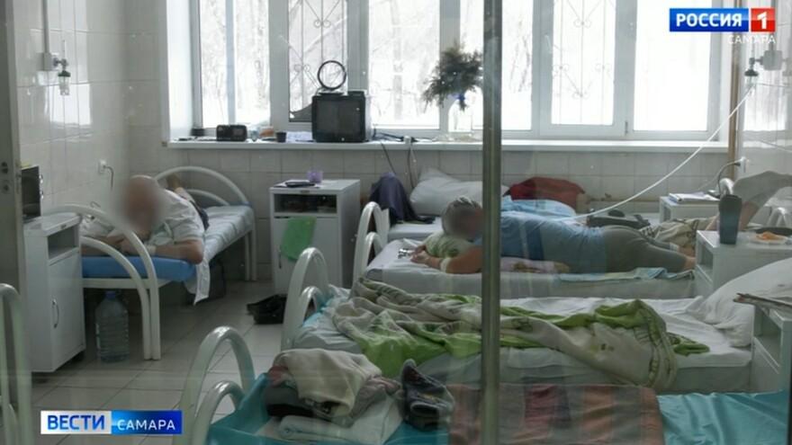 Дмитрий Азаров посетил детскую инфекционную больницу №5