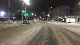 В Самарской области 56-летняя женщина оказалась под колесами автомобиля
