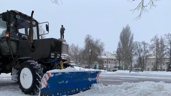 Дмитрий Азаров раскритиковал глав муниципалитетов за плохую уборку снега
