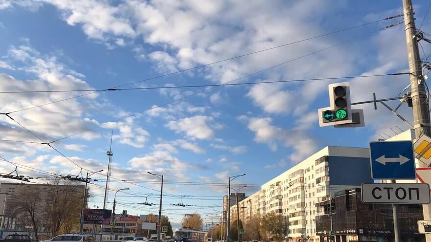 В Самаре установили новые светофоры на Московском шоссе