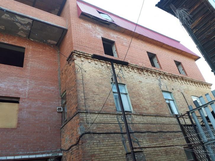 В Самаре к дому-памятнику на Куйбышева незаконно надстроили этаж