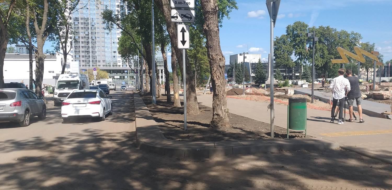 В Самаре до 1 сентября 2021 года завершится ремонт дорог возле здания Фабрики-кухни