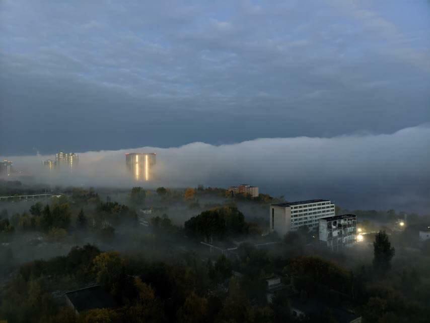 Утро туманное, утро седое: делимся кадрами погодной воскресной аномалии в Самарской области