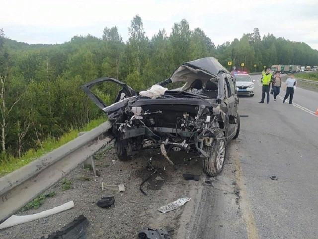 Тольяттинец погиб в лобовом столкновении с лесовозом