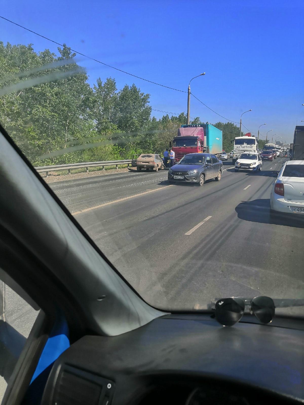 В Самаре погиб водитель, который столкнулся с грузовиком из-за плохого самочувствия