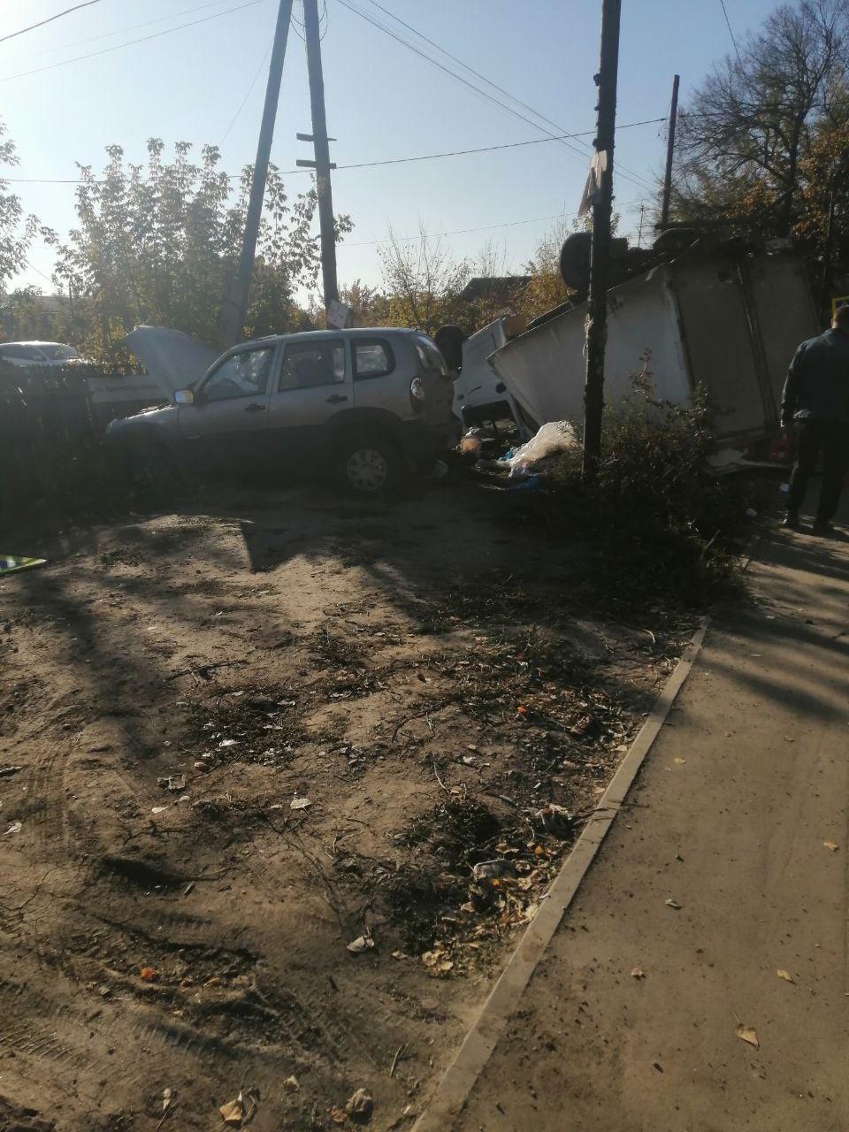 В Самаре 7 октября 2021 года погиб водитель Нивы, столкнувшись с ГАЗелью