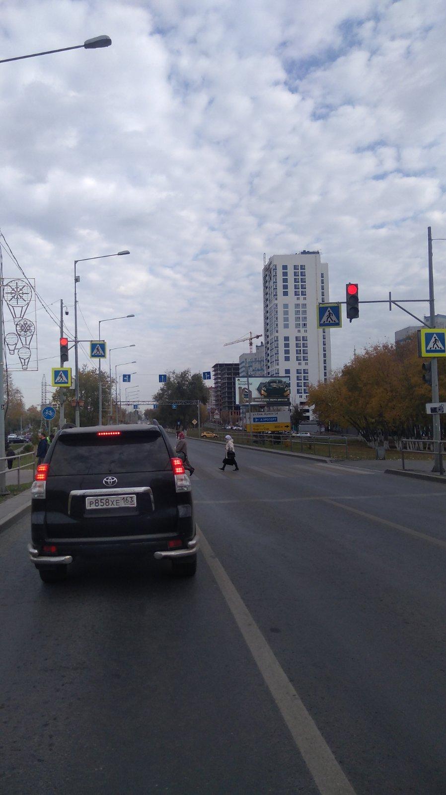 В Самаре восстановили работу светофора на Ново-Садовой
