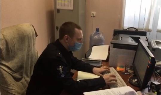 В Самарской области мужчина угрожал продавцам ножом и выносил алкоголь из магазинов