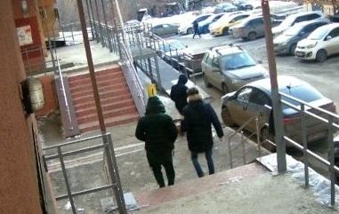 Девушка заманивала женихов, а банда их избивала и грабила: в Самарской области задержали членов ОПГ
