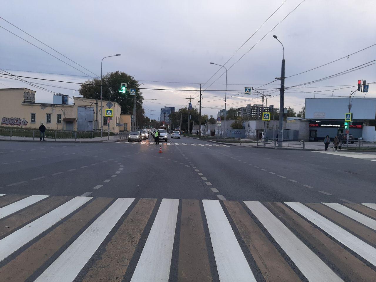 В аварии на улице Луначарского пассажирка получила травму головы
