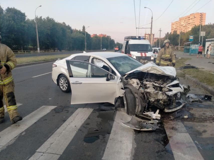 В ДТП с машиной такси в Тольятти пострадало 5 человек