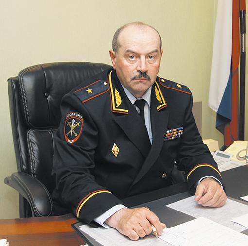 Новейшей руководитель милиции области Александр Винников представлен личному составу